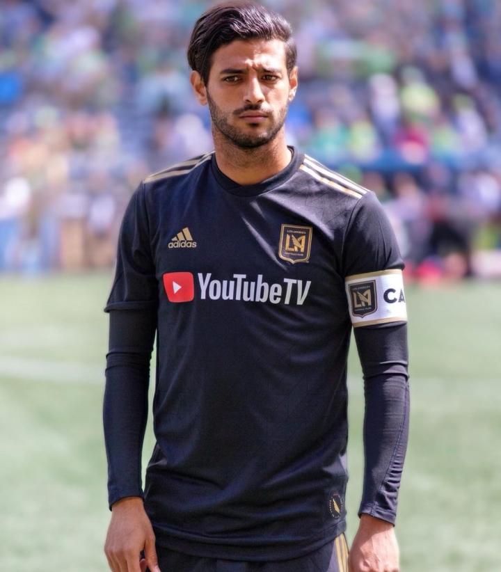 Carlos_Vela