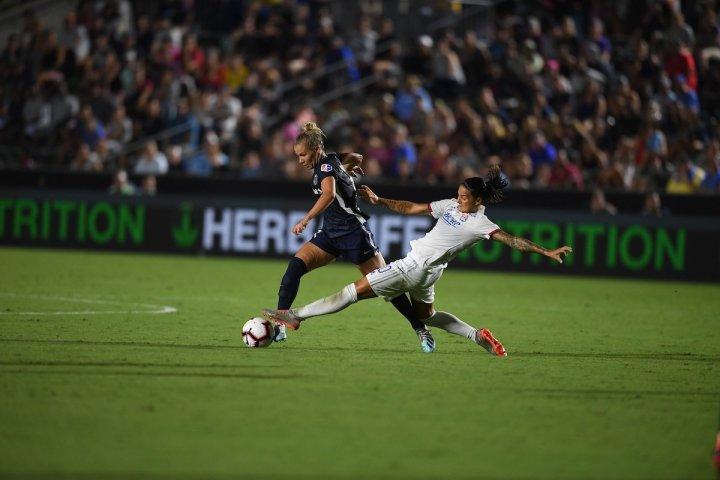 NC-Courage-vs-Lyon-ICC-