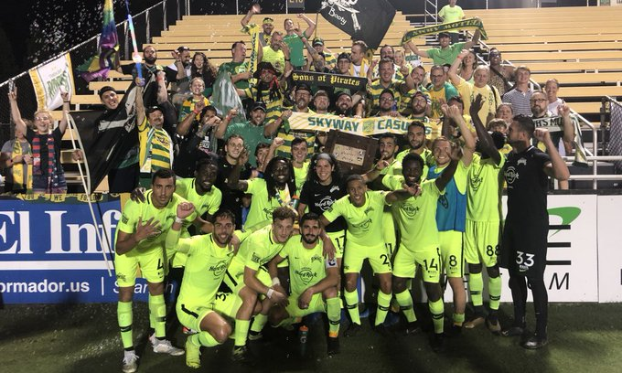 Tampa_Bay_Rowdies